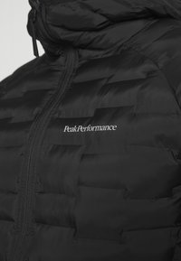 Peak Performance - ARGON LIGHT HOOD JACKET - Outdoor jacket - black - 6