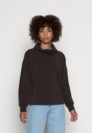 GRACEY  - Sweater - truffle