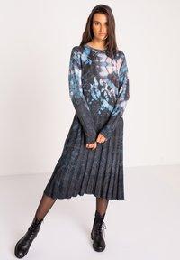 Ivko - PRINTED DRESS  BATIK PATTERN - Jumper dress - dark grey - 1