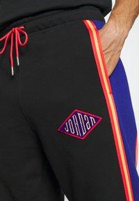 Jordan - PANT - Pantaloni sportivi - black/deep royal blue/track red - 5
