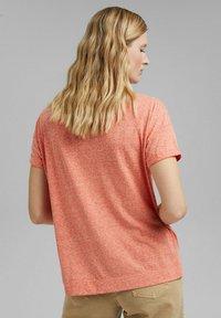 Esprit - PER COO CLOUDY - Basic T-shirt - orange red - 2