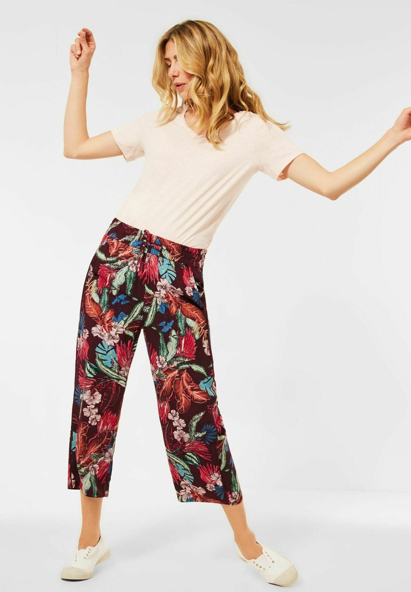 Cecil - LOOSE FIT - Trousers - rot