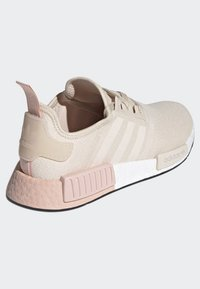 adidas Originals - NMD_R1 SHOES - Sneakers - beige - 3