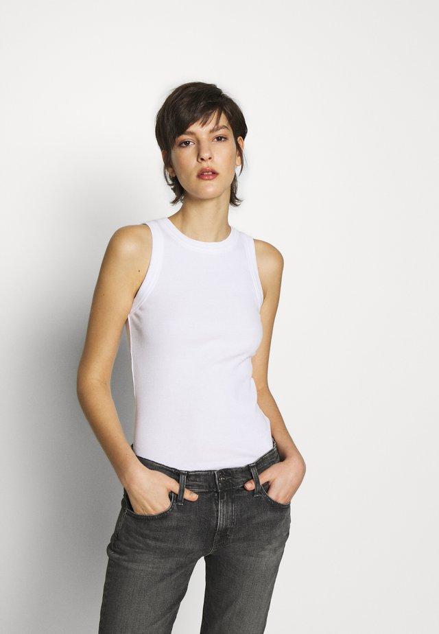 OLINA - Top - white