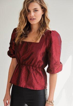 SQUARE NECK PUFF SLEEVE  - Camiseta estampada - red