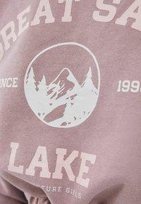 Bershka - MIT GUMMIZUG  - Sweatshirt - pink - 5