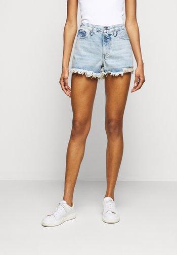 WALFRID  - Shorts di jeans - light indigo