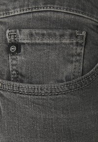 AG Jeans - EX BOYFRIEND - Jeans Tapered Fit - physical grey - 6