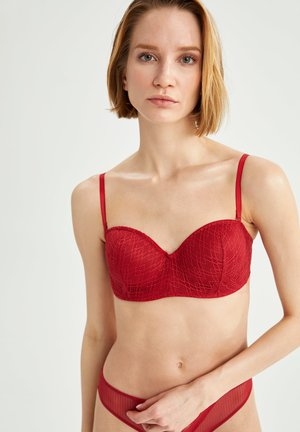 Balconette bra - red