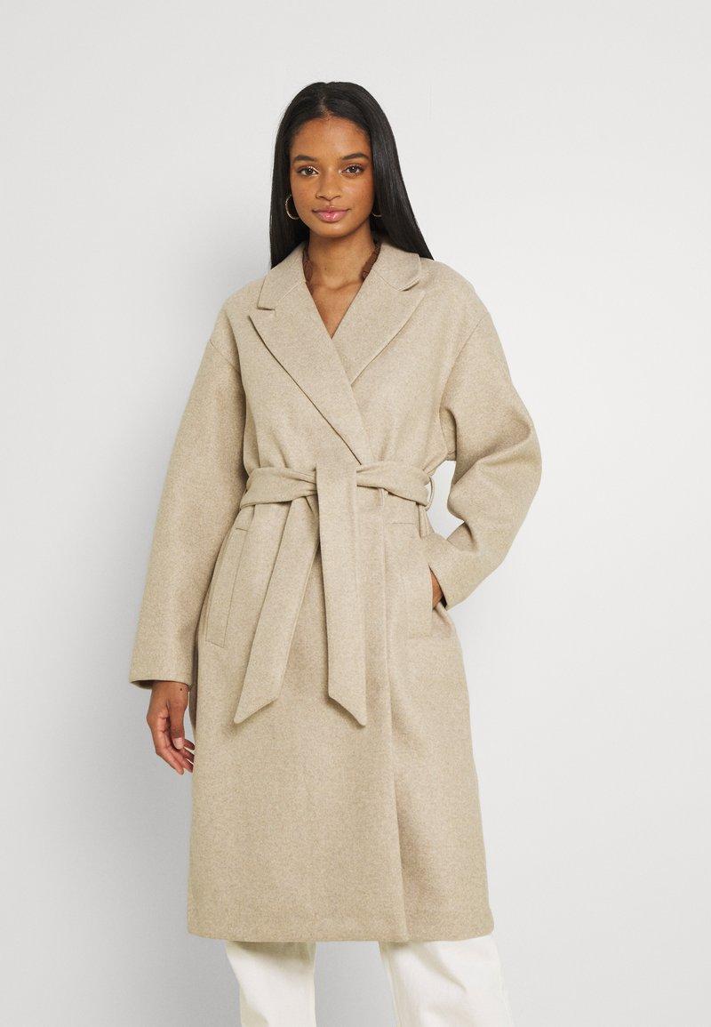 Vero Moda - VMFORTUNE LONG JACKET - Klasyczny płaszcz - safari