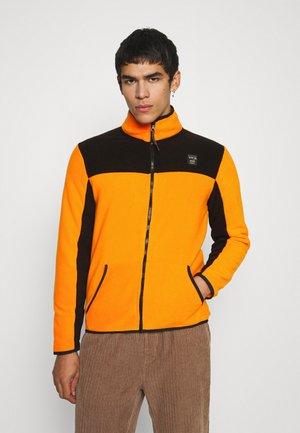 JCOSOLAR HIGH NECK - Fleece jacket - dark cheddar