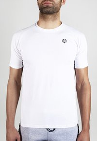 MOROTAI - Basic T-shirt - white - 1
