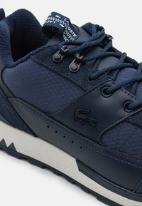 Lacoste - URBAN BREAKER - Trainers - navy/off white - 5
