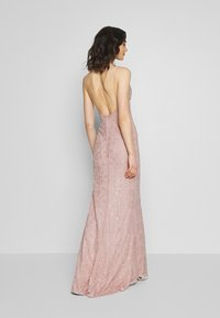 Nly by Nelly - IRRESISTABLE GOWN - Vestido de fiesta - dusty pink - 2
