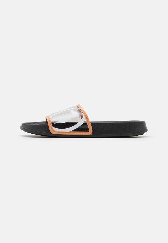 FLAT  - Pantofle - black