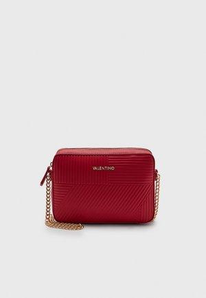 PLANE - Across body bag - rosso