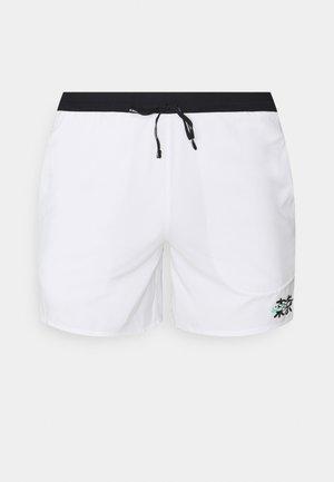 TOKYO - Pantaloncini sportivi - white/black/green glow