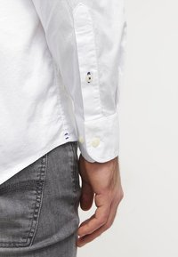 Tommy Hilfiger - Chemise - classic white - 5