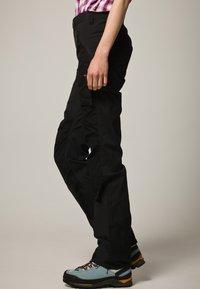 Fjällräven - NIKKA - Trousers - black - 4