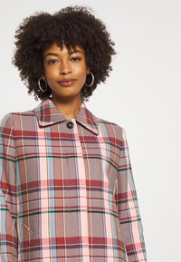 Tommy Hilfiger - TESS BLEND CHECK - Classic coat - cameo - 4