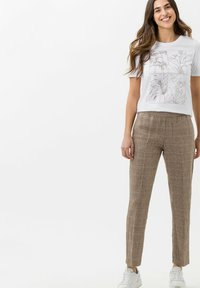 BRAX - Broek - brown sugar - 1