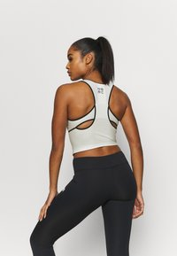 New Balance - SPEED FUEL FASHION TANK - Sports shirt - seasalt - 2