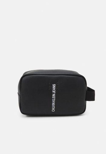 WASHBAG UNISEX - Wash bag - black