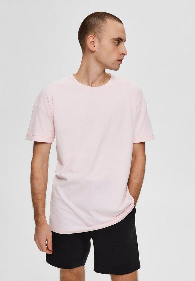 Basic T-shirt - ballerina