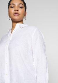 Lauren Ralph Lauren Woman - KARRIE LONG SLEEVE - Button-down blouse - white - 3