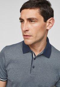 s.Oliver BLACK LABEL - MET GESTREEPTE BOORDJES - Polo shirt - dark blue melange - 3