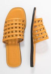 Shoe The Bear - TAO CAGE - Muiltjes - yellow - 3