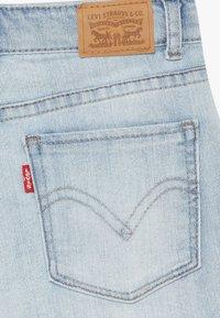 Levi's® - SHORTY  - Denim shorts - wallie - 3