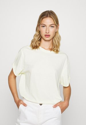 LASH FEM LOOSE ROUND SHORT SLEEVE - Basic T-shirt - lumi green