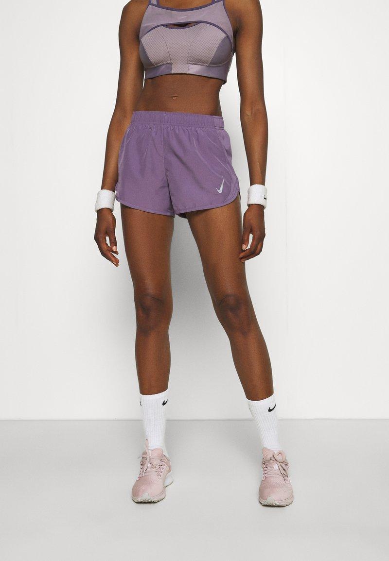 Nike Performance - TEMPO - Sports shorts - amethyst smoke/silver