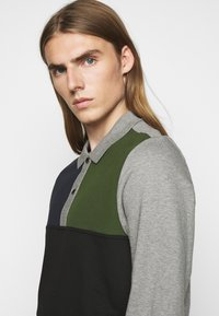 PS Paul Smith - HALF PLACKET  - Sweatshirt - grey/black/green - 3