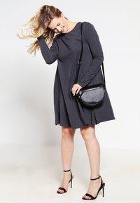 Zalando Essentials Curvy - Jersey dress - dark grey melange - 1