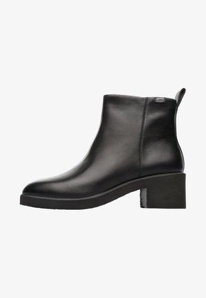 DAMEN - Kotníkové boty - black