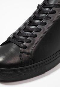 Filippa K - MORGAN - Baskets basses - black - 5