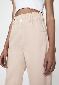 PULL&BEAR - Relaxed fit jeans - rose gold - 3