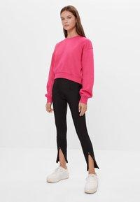Bershka - Sweatshirt - neon pink - 1