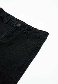 DeFacto - Denim shorts - anthracite - 2