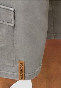 INDICODE JEANS - Shorts - grey - 4