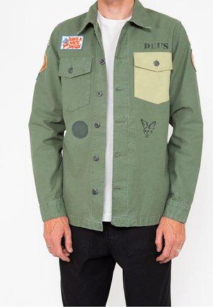 MONTY OVERSHIRT - Summer jacket - clover