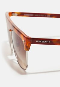 Burberry - UNISEX - Sunglasses - light havana - 2