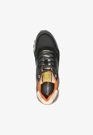 Sneakers laag - zwart