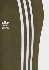 adidas Originals - LEGGINGS - Leggings - Trousers - green - 7