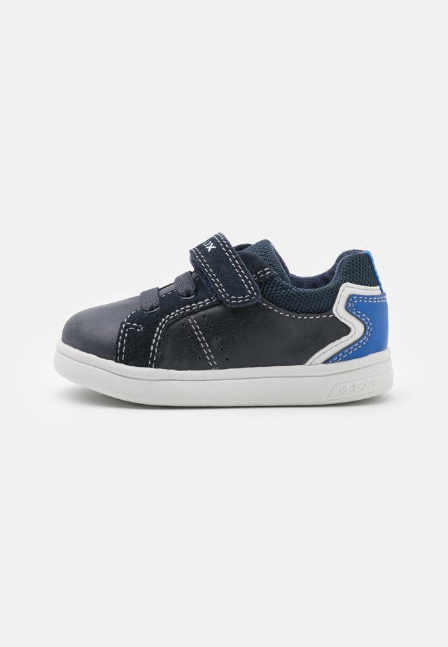 DJROCK BOY - Sneakers basse - navy/royal