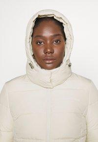 Calvin Klein Jeans - Zimní bunda - soft cream - 3