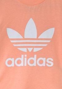 adidas Originals - TREFOIL UNISEX - Triko spotiskem - glow pink/white - 2