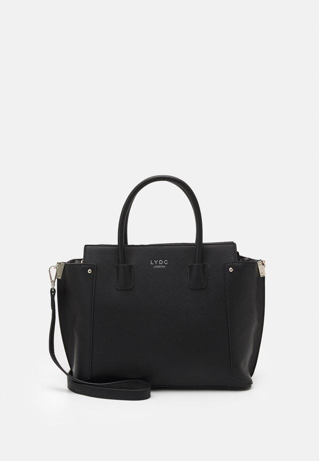 HANDBAG - Håndtasker - black